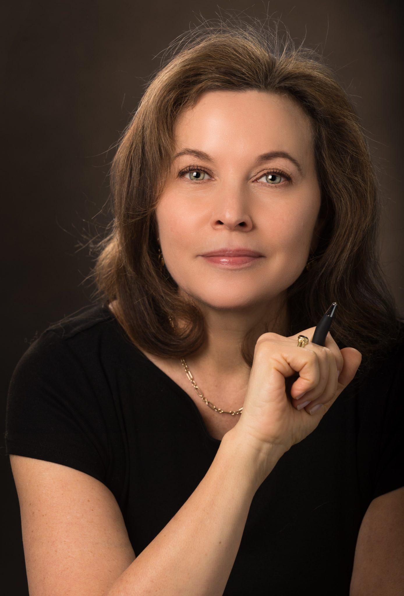 Elizabeth Rosen Meyer Headshot